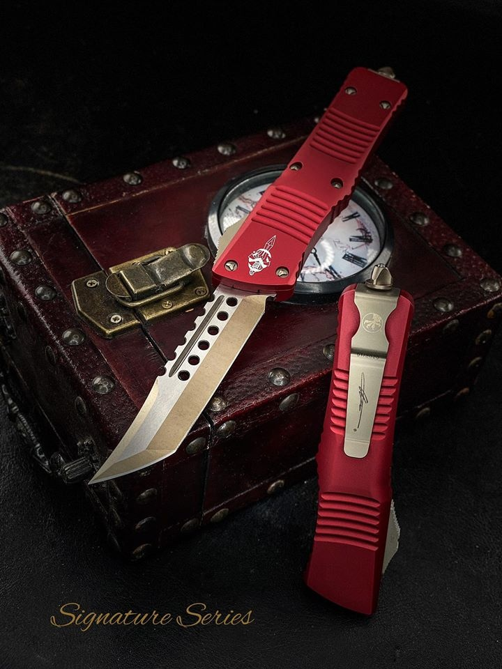 Microtech Combat Troodon Hellhound  Bronze w/Red Handles